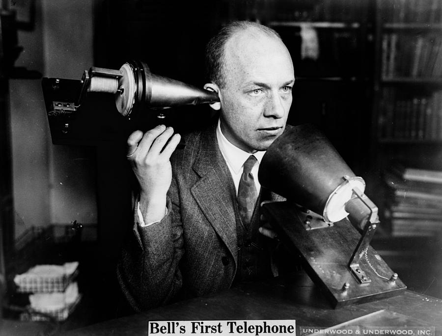 Who Invented the Telephone? – Whoo Invented?