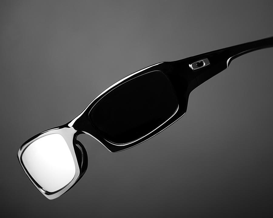 Sunglasses Logo Black And White Black And White Sunglasses