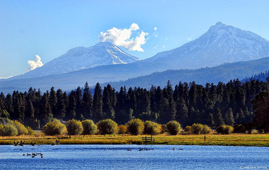 Bend Oregon Photograph - Black Butte Ranch Lake by John Melton