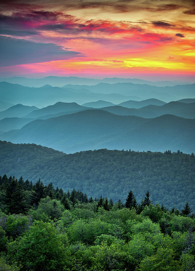 Blue Ridge Parkway Sunset - The Great Blue Yonder Photograph