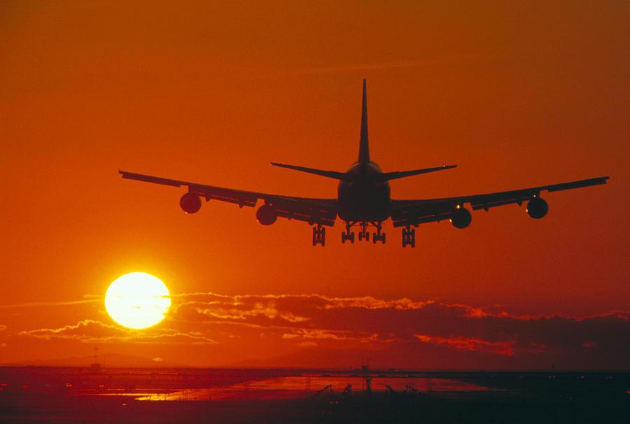 Boeing 747 Photograph - Boeing 747 by David Nunuk