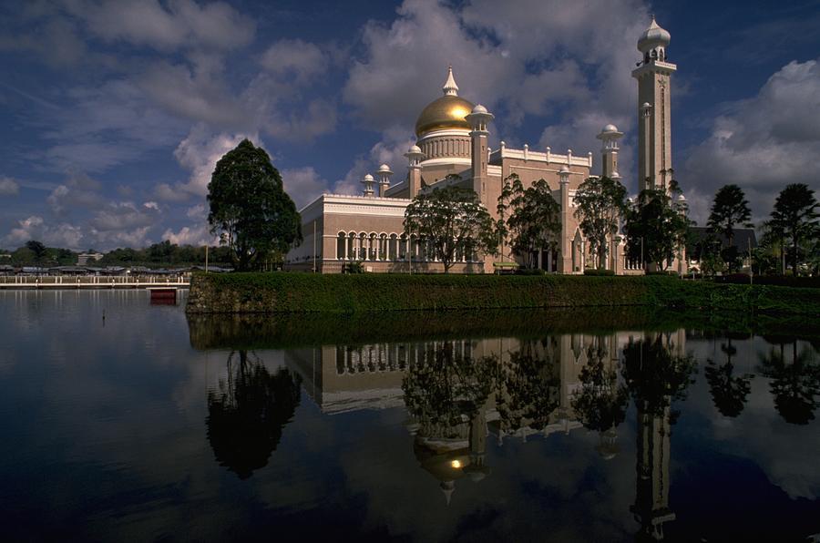 Brunei Mosque Photograph