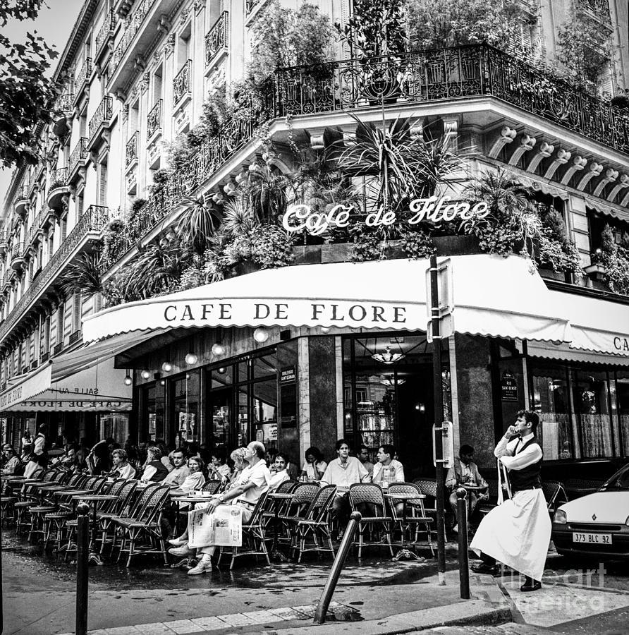 Cafe De Paris Radio