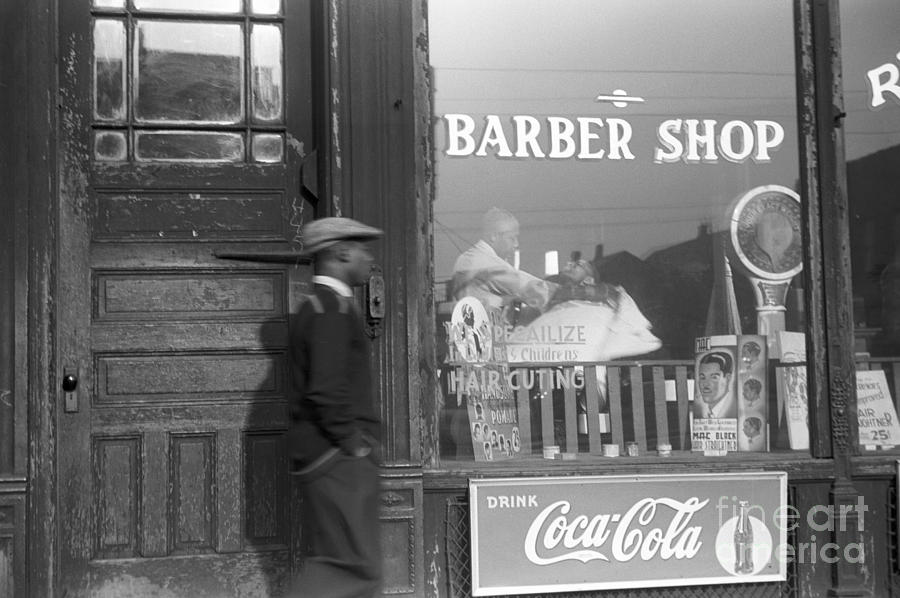 1941 Photograph - Chicago: Barber Shop, 1941 by Granger