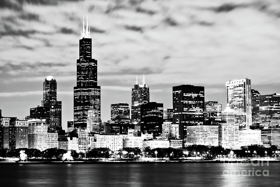 Chicago Skyline At Night Photograph by Paul Velgos