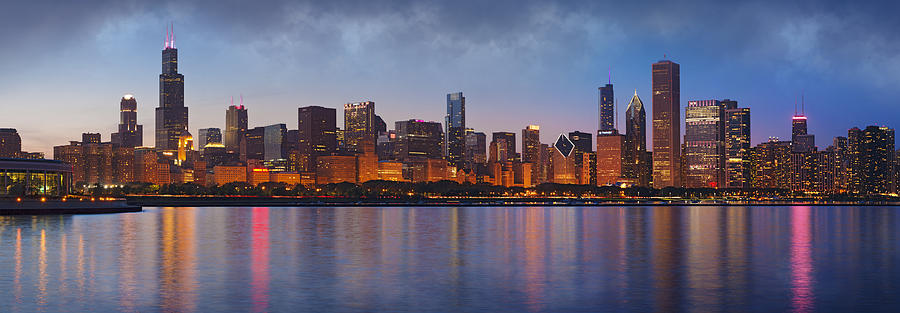 Chicago Photograph - Chicagos Beauty by Donald Schwartz