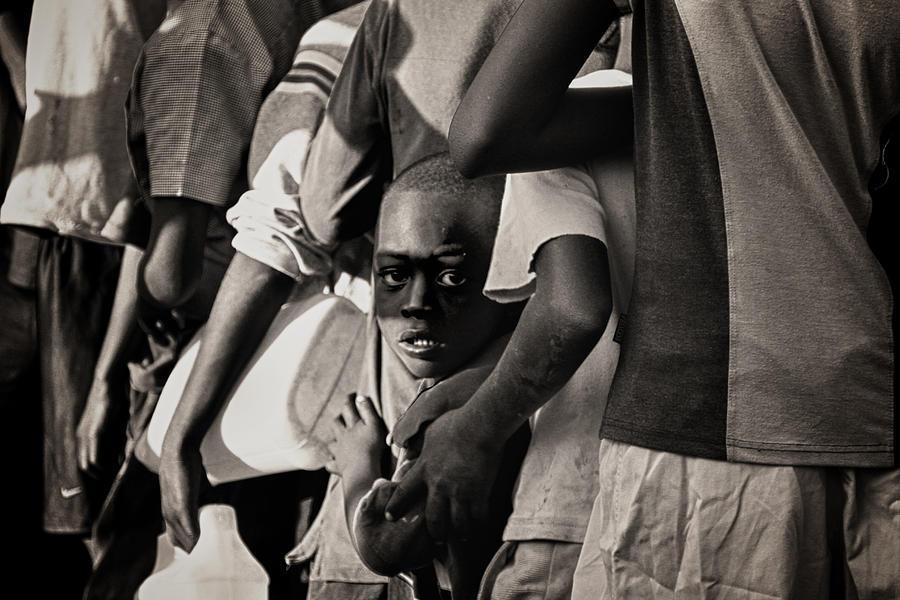 Child Photograph - Child In Distress by Mauricio Jimenez