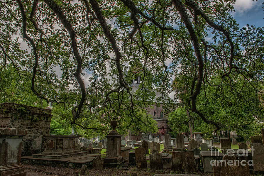 Circular Congregational Church Cemetery Photograph
