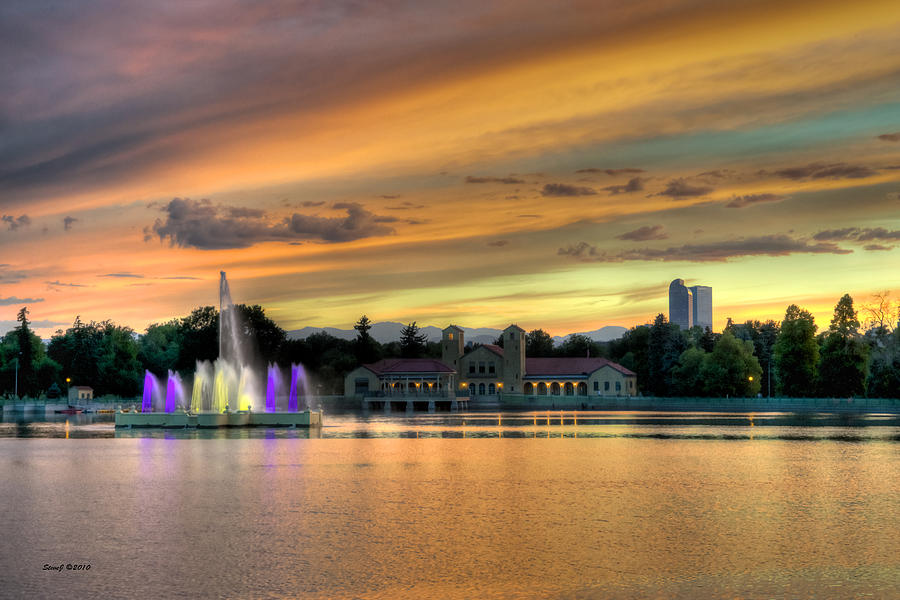 City Park Fountain At Sunset Photograph