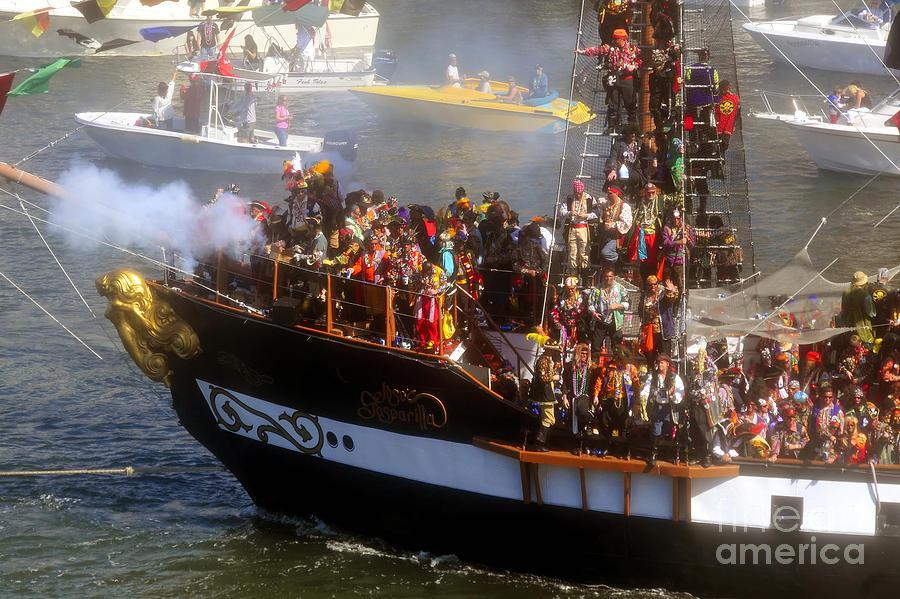 Gasparilla Pirate Festival Tampa Bay Florida Photograph - Colorful Pirates by David Lee Thompson