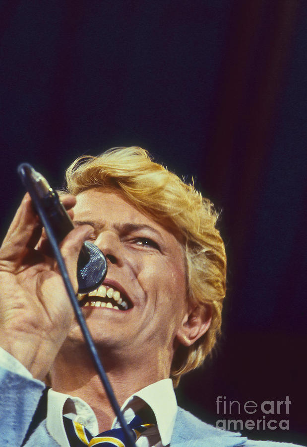 Photo Photograph - David Bowie Smiling Eye by Philippe Taka