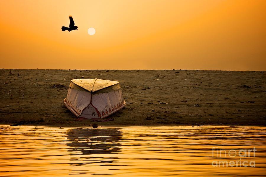 Dawn Photograph - Dawn On The Ganga by Valerie Rosen