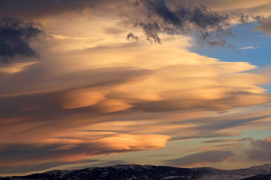 Lenticular Clouds Photograph - Dreamy Sunset by Donna Kennedy