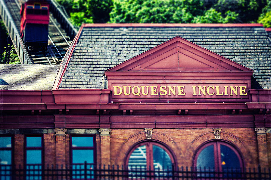 Pittsburgh Photograph - Duquesne Incline Of Pittsburgh by Lisa Russo