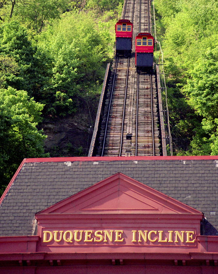 Duquesne Incline Photograph - Duquesne Incline by Tom Leach