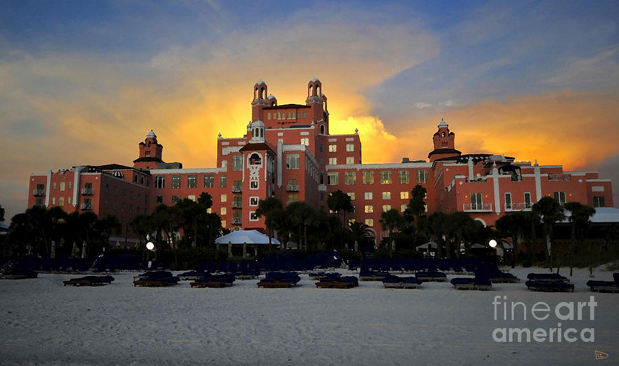 Don Cesar Hotel Florida Painting - Dusk Over Don by David Lee Thompson