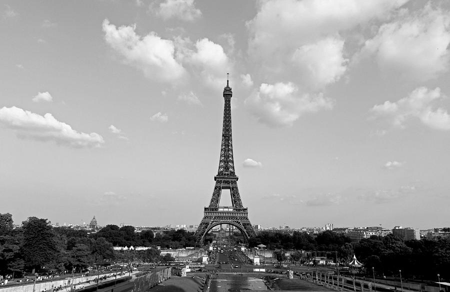 Eiffel Tower Images Black And White: Eiffel Tower In Black And White Photograph By Rick Macomber