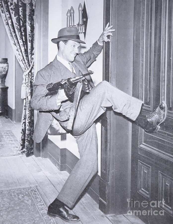 Robert Stack (1919-2003) As Eliot Ness In The Film Scarface Mob 1959 (b/w Photo) Story Photograph - Eliot Ness by Unknown