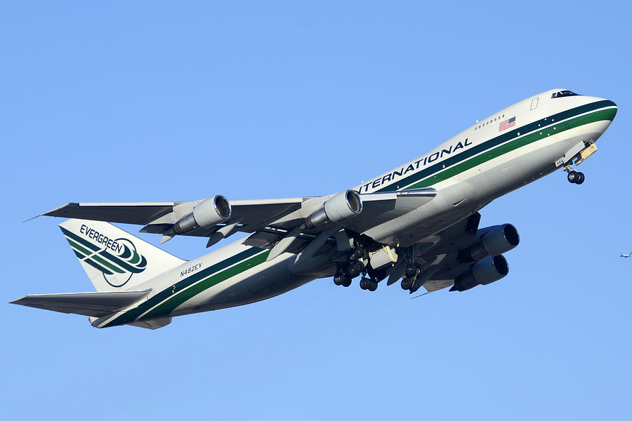 Evergreen International Boeing 747-212b N482ev Phoenix Sky Harbor Arizona December 23 2011 Photograph