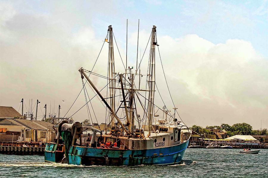 Fishing ship at manasquan inlet photograph by geraldine scull for Manasquan inlet fishing