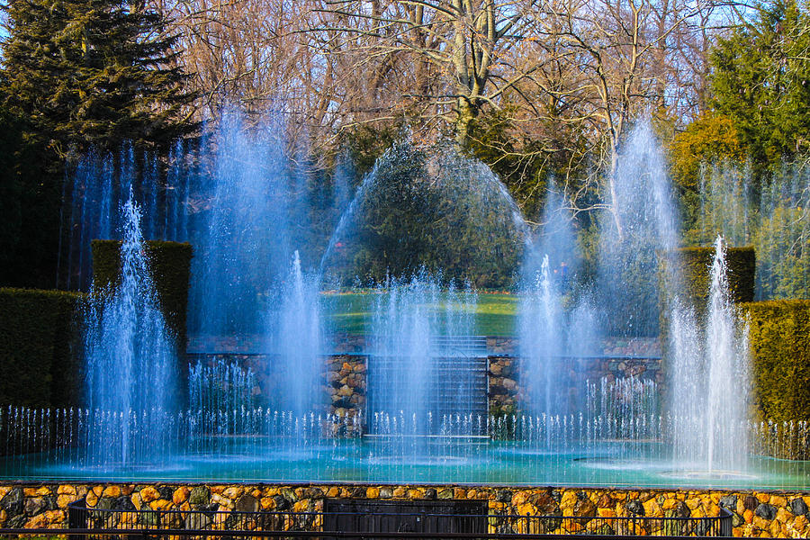 Fountain Show Longwood Gardens Photograph By William Rogers