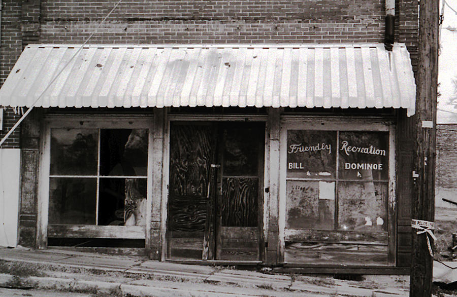 Friendly Recreation- Utica Mississippi Photograph