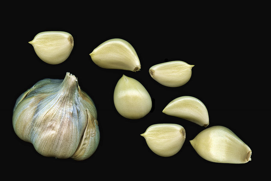 Garlic Photograph - Garlic Cloves by Tom Mc Nemar