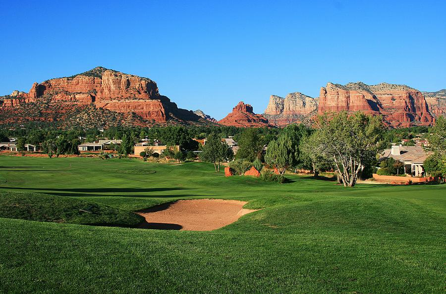 Sedona Photograph - Golf In Paradise by Gary Kaylor