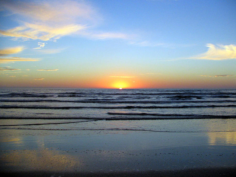 Sun Rise Photography Photograph - Good Morning Sunshine by Evelyn Patrick