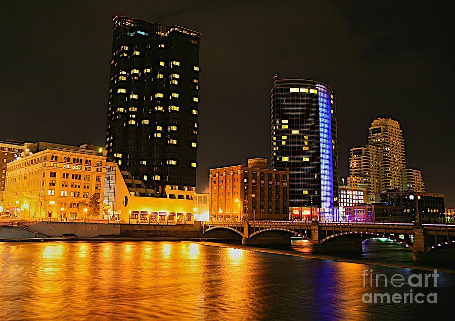 Grand Rapids Mi City Scapes Photograph - Grand Rapids Mi Under The Lights-2 by Robert Pearson