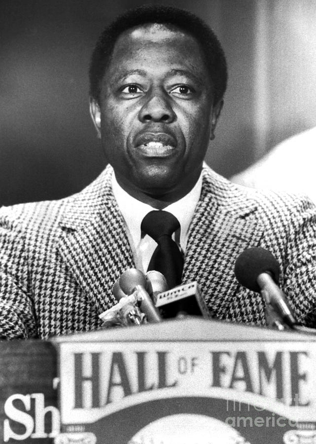 henry hank aaron getting inducted into the baseball hall
