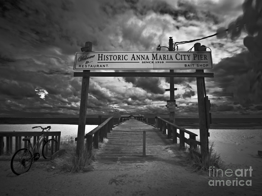 Historic Anna Maria City Pier Photograph - Historic Anna Maria City Pier 9177436 by Rolf Bertram