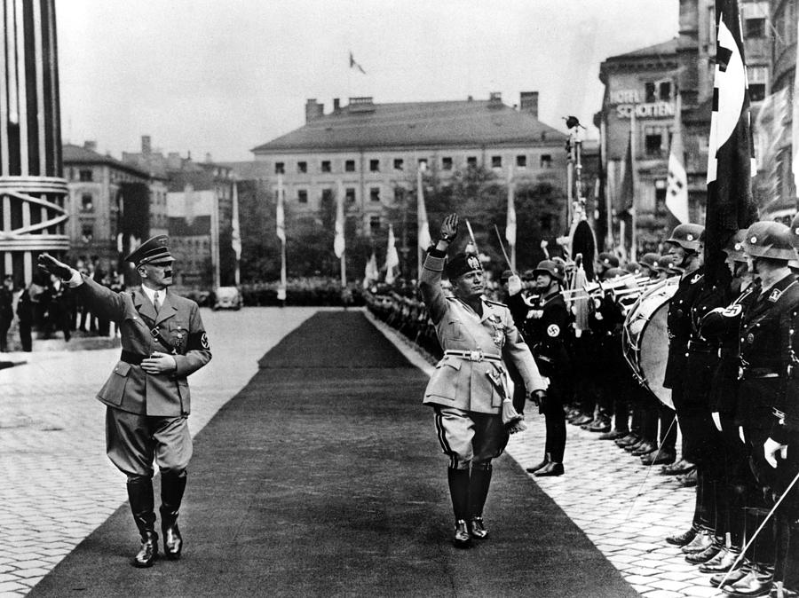 Fascist Photograph - Hitler And Mussolini Inspect A Guard by Everett