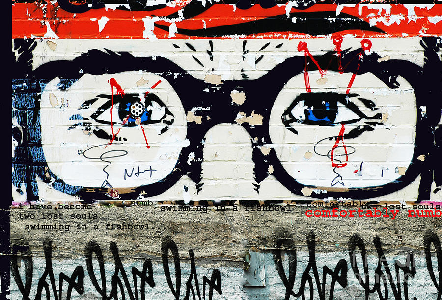 Pink Floyd Mixed Media - Homage To Pink Floyd Graffiti by Anahi DeCanio
