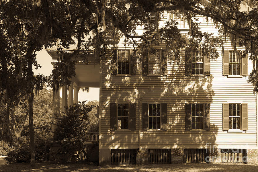 Mcleod Plantation Home In Black And White Photograph