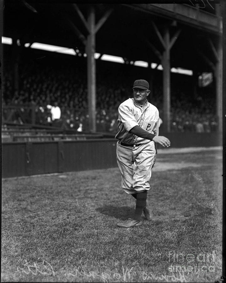 Baseball Photograph - Honus Wagner - Pittsburgh Pirates by David Bearden