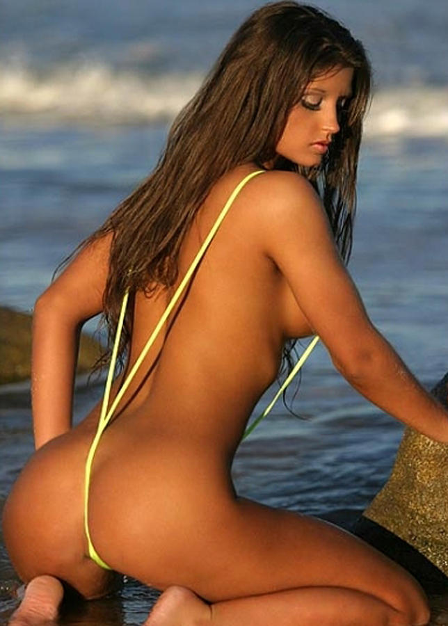 free videos of hott bikini babes