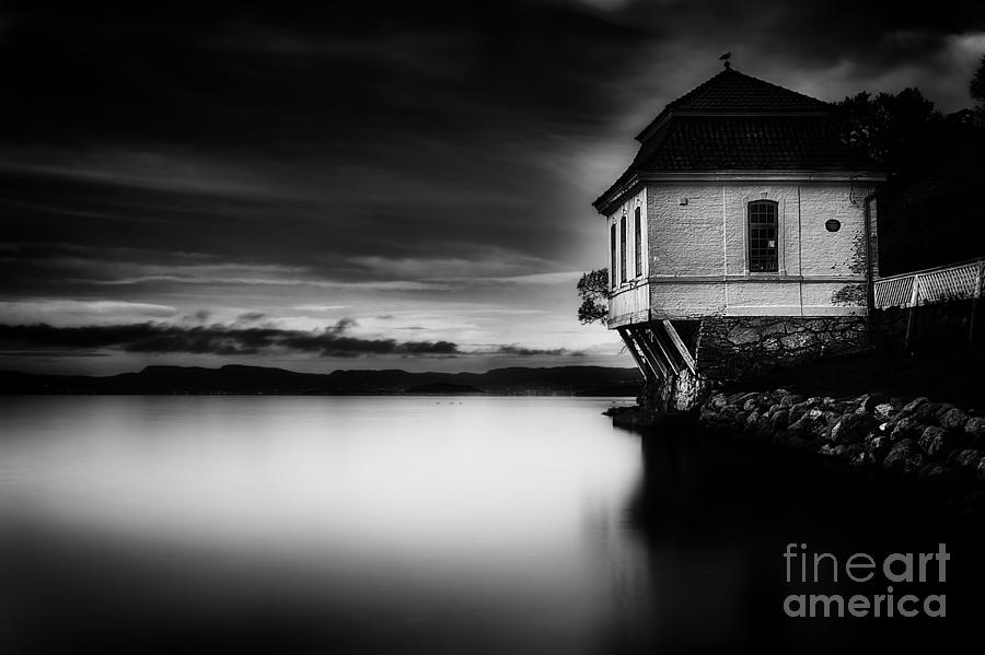 Architecture Photograph - House By The Sea by Erik Brede