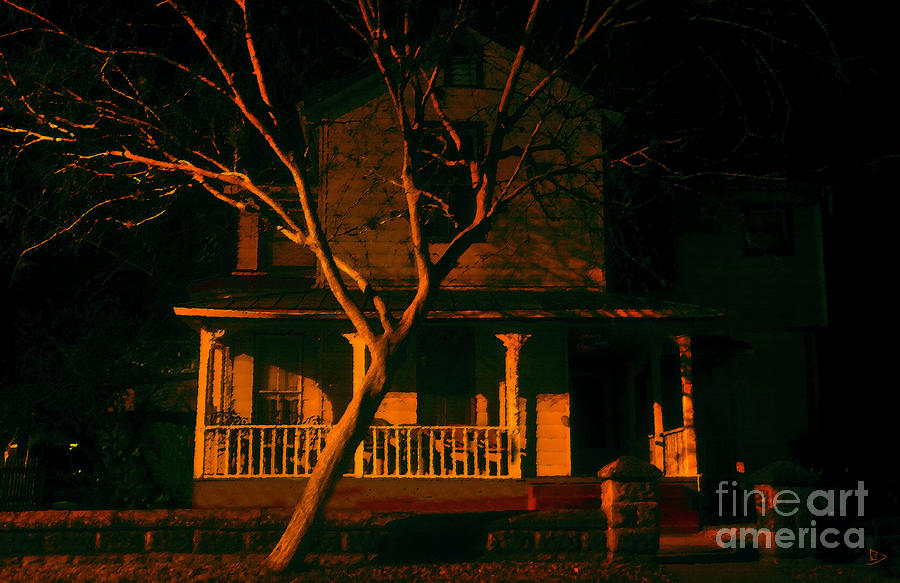 Haunted House Painting - House On Haunted Hill by David Lee Thompson