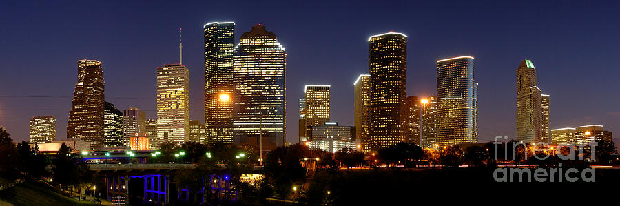 Houston Skyline Photograph - Houston Skyline At Night by Jon Holiday