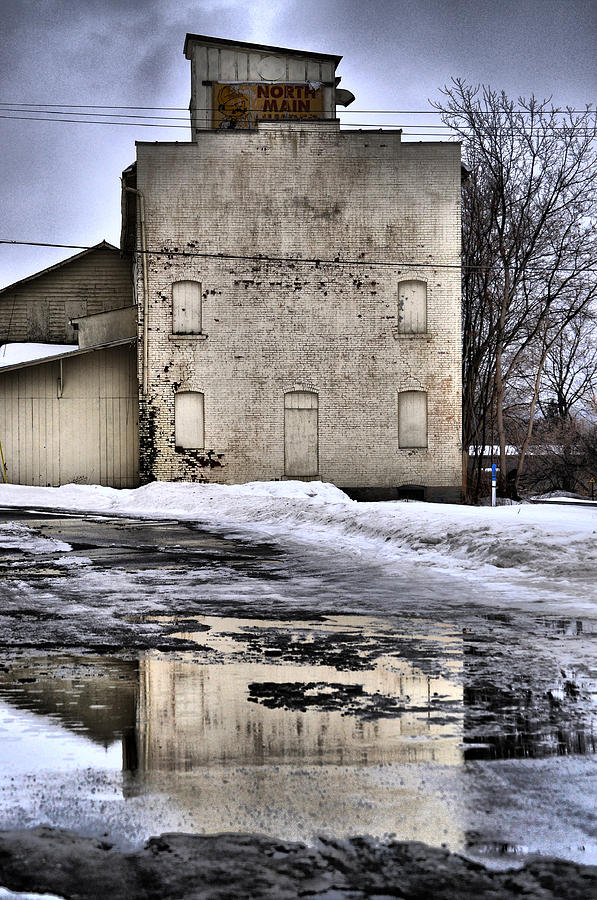 Hornell Photograph - Ice Cold  by Emily Stauring