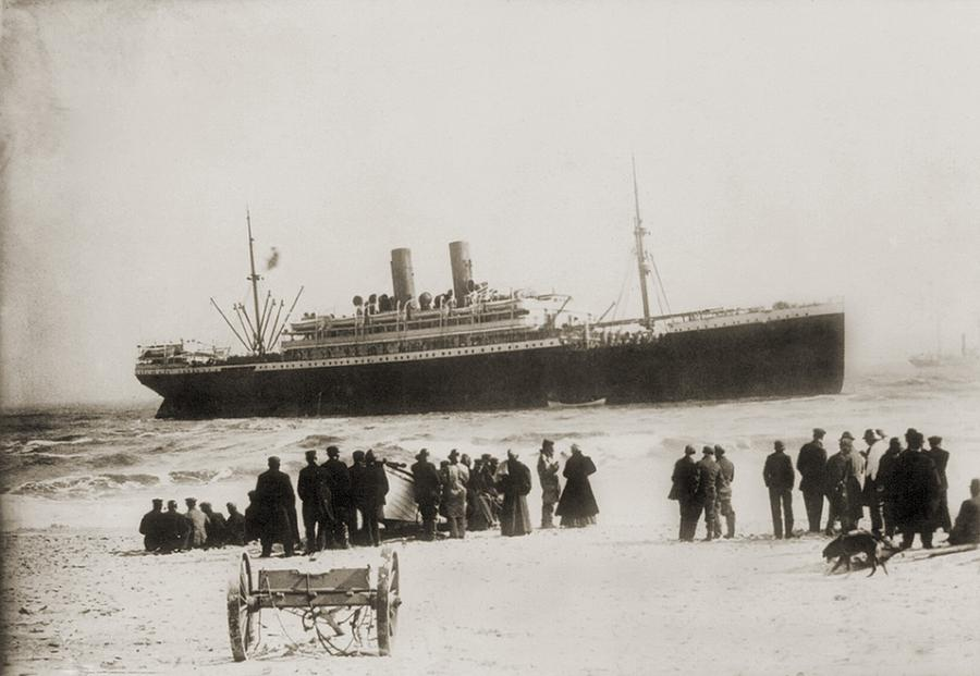 History Photograph - Immigrant Ship From Italy, The Princess by Everett