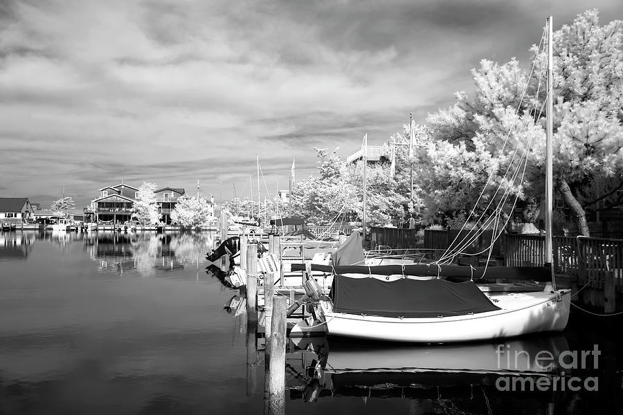 Infrared Boats At Lbi Photograph - Infrared Boats At Lbi Bw by John Rizzuto