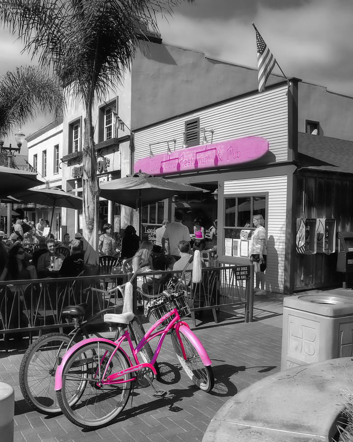 Pink Photograph - Isnt She Pretty In Pink by Rich Beer
