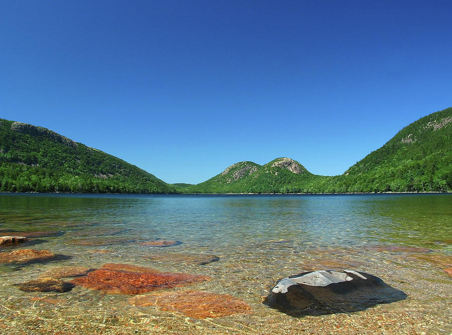Jordan Pond And The Bubbles Photograph - Jordan Pond And The Bubbles by Juergen Roth