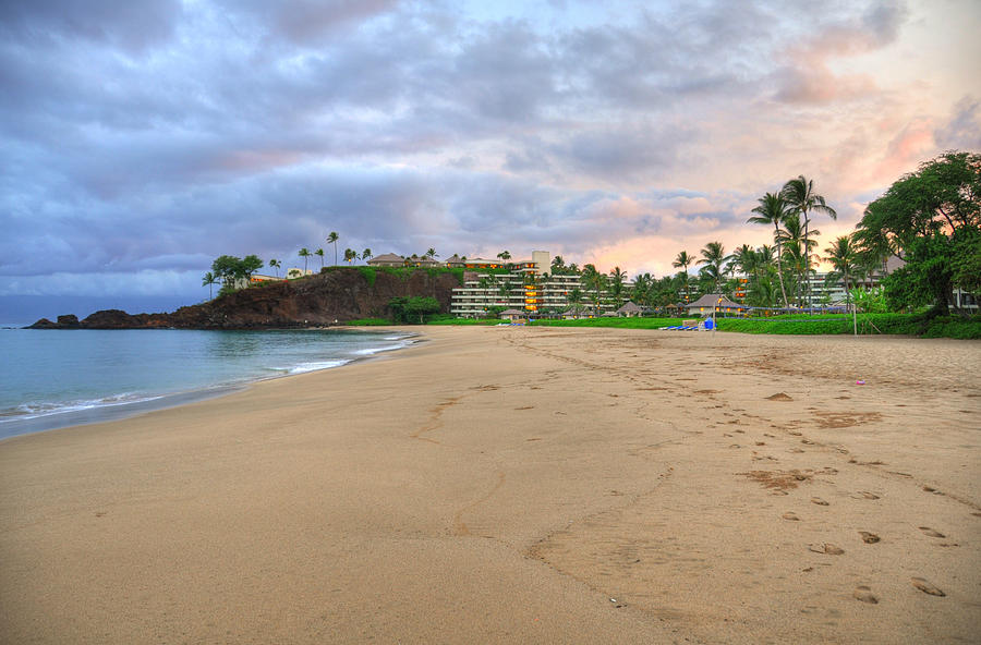 Ka'anapali Beach Hotel Photograph - Kaanapali Beach Hotel  by Kelly Wade