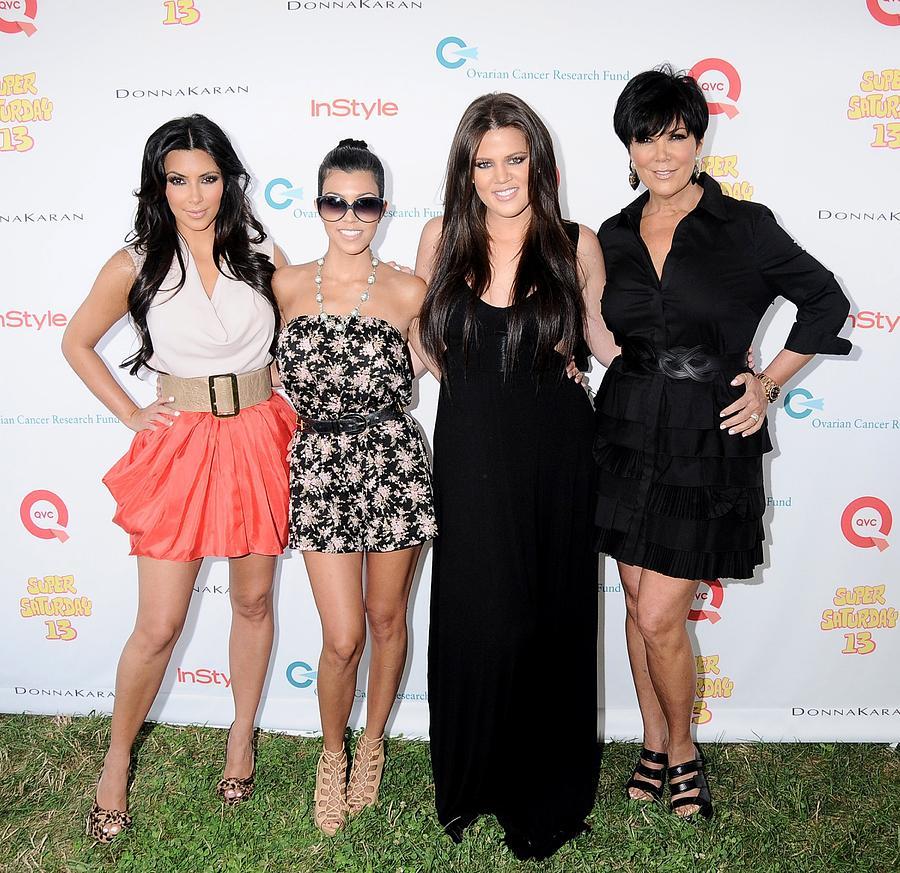 Kim Kardashian, Kourtney Kardashian Photograph