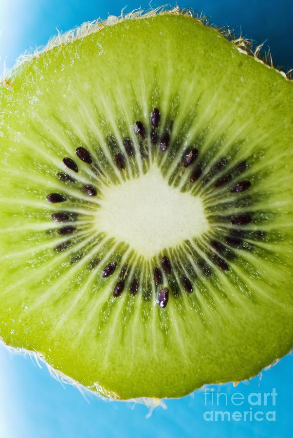 Kiwi Cut Photograph