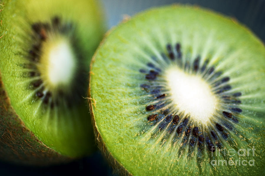 Center Photograph - Kiwi Fruit Halves by Ray Laskowitz - Printscapes