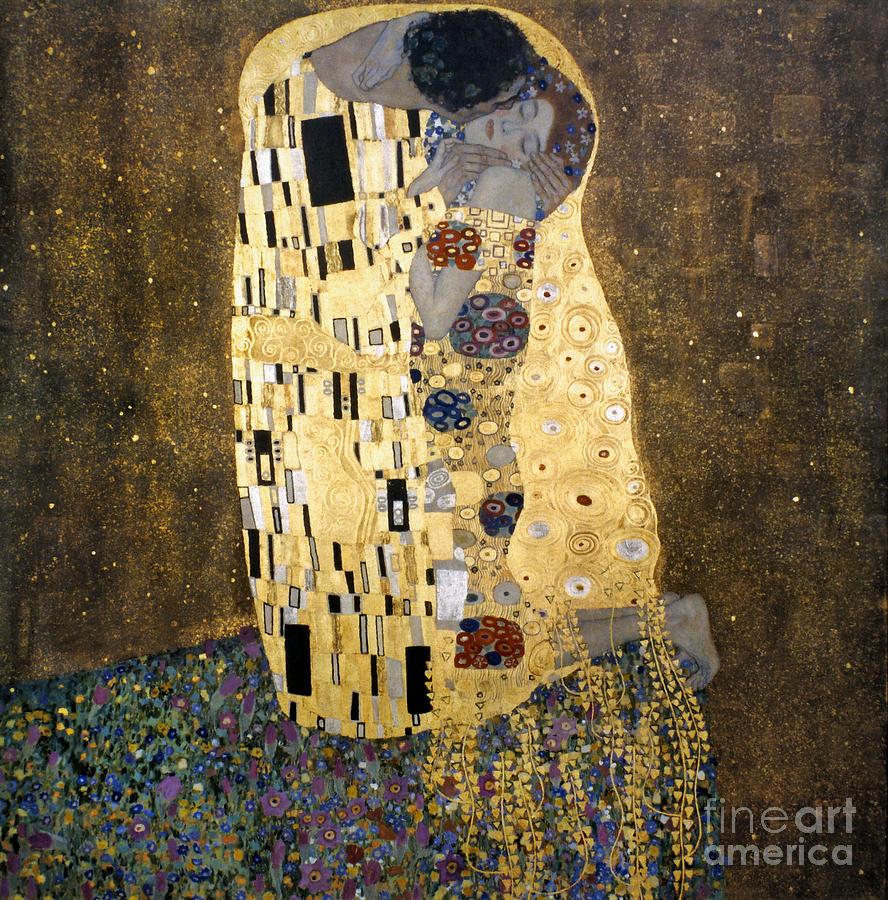 1907 Photograph - Klimt: The Kiss, 1907-08 by Granger
